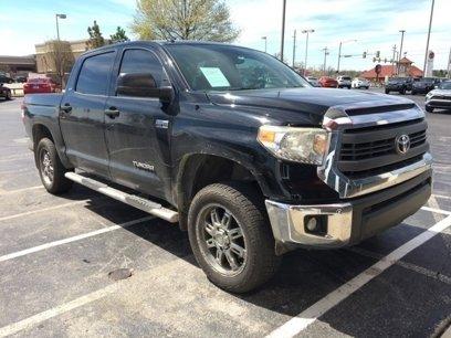 Used 2014 Toyota Tundra 4x4 CrewMax SR5 - 548419228