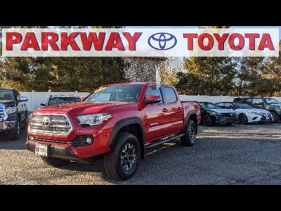 Certified 2017 Toyota Tacoma TRD Off-Road - 546024774