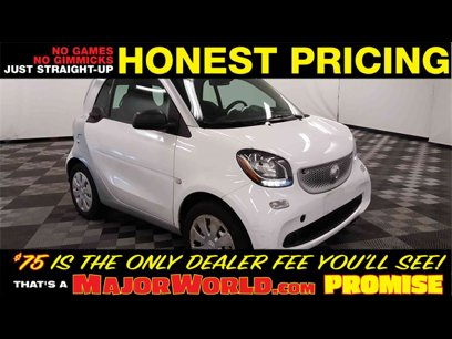 Used 2017 smart fortwo pure Coupe - 570089873