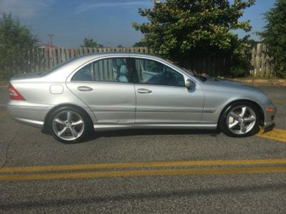 Used 2005 Mercedes-Benz C 230 Sedan - 485772886