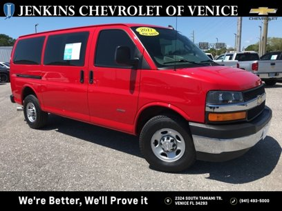 Used 2017 Chevrolet Express 3500 - 548858568