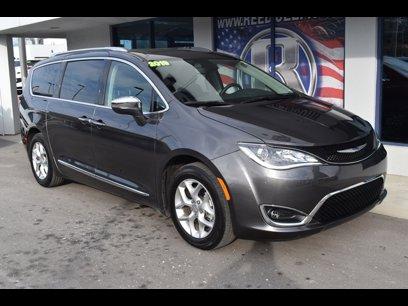 Certified 2019 Chrysler Pacifica Limited - 544081185