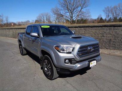 Used 2017 Toyota Tacoma 4x4 Double Cab - 508695126