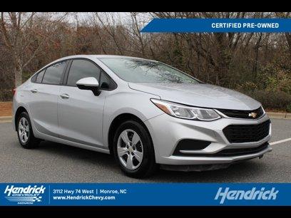 Certified 2018 Chevrolet Cruze LS Sedan - 547308964