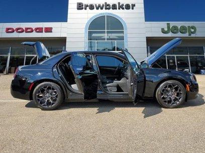 New 2019 Chrysler 300 S - 529838178