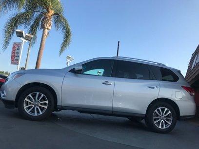 Used 2016 Nissan Pathfinder SV - 565330342