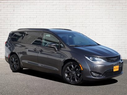 Certified 2019 Chrysler Pacifica Limited - 544012252