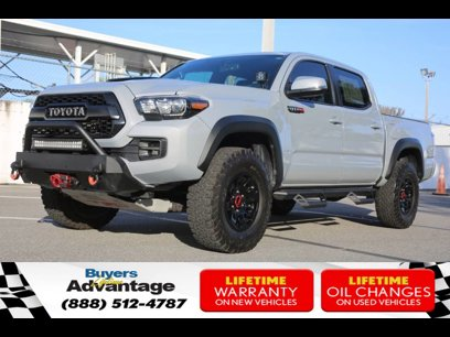 Certified 2017 Toyota Tacoma 4x4 Double Cab - 547761051
