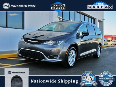 Used 2017 Chrysler Pacifica Touring-L Plus - 567817113