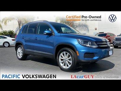 Certified 2017 Volkswagen Tiguan FWD w/ Premium Package - 561979898