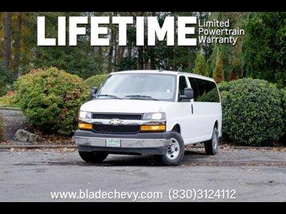 Used 2018 Chevrolet Express 3500 LT Extended Passenger - 532185225