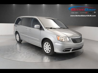 Used 2016 Chrysler Town & Country Touring - 536369879