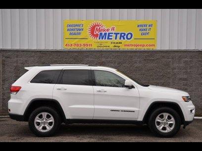 Used 2017 Jeep Grand Cherokee 4WD Laredo - 540867606