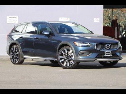 New 2020 Volvo V60 T5 Cross Country Momentum AWD - 541542354