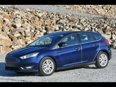 Used 2016 Ford Focus Titanium Hatchback - 529205279