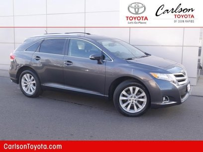 Certified 2015 Toyota Venza LE - 547627318