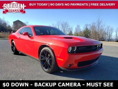 Used 2016 Dodge Challenger SXT w/ Blacktop Package - 569346583