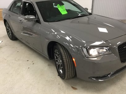 Used 2017 Chrysler 300 S AWD w/ 300S Premium Group - 547095358
