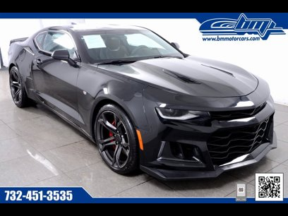 Used 2018 Chevrolet Camaro SS Coupe w/ 1SS - 548072181
