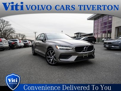 Certified 2019 Volvo S60 T6 Momentum AWD - 540889462
