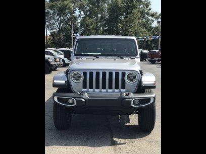 New 2020 Jeep Gladiator Overland - 527600598