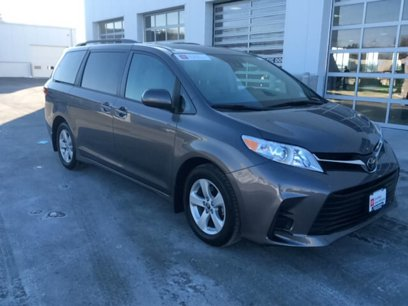 Certified 2018 Toyota Sienna LE - 544221559