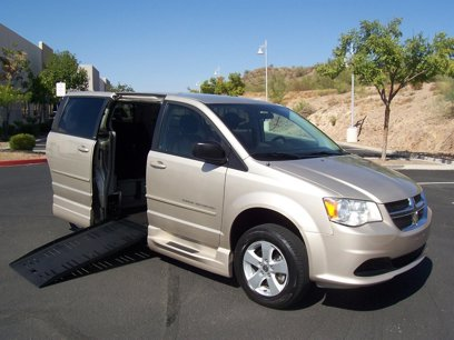 Used 2013 Dodge Grand Caravan - 564382538
