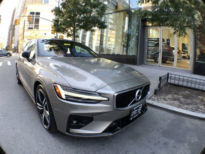 Certified 2019 Volvo S60 T6 R-Design AWD - 563099945