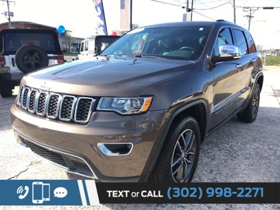 Used 2017 Jeep Grand Cherokee 4WD Limited - 547353419