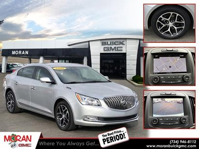 Used 2016 Buick LaCrosse Sport Touring - 535474411