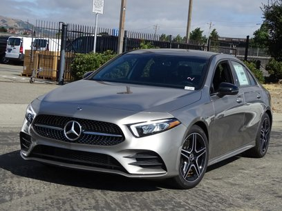 New 2019 Mercedes-Benz A 220 - 524727842