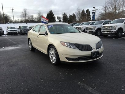 Used 2014 Lincoln MKS AWD - 537254711