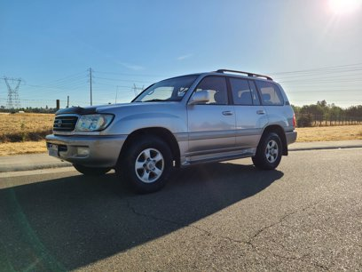 Used 2000 Toyota Land Cruiser - 592188216