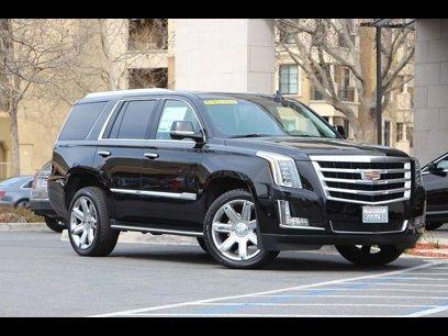 a6a4f59ec5f0d0 New 2019 Cadillac Escalade 2WD Premium Luxury
