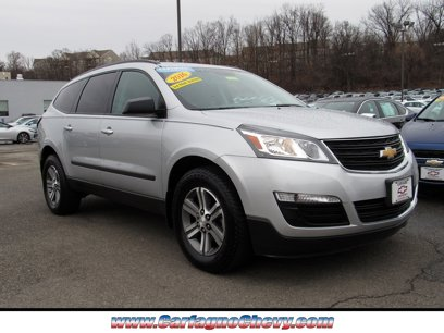 Certified 2017 Chevrolet Traverse AWD LS - 543436526