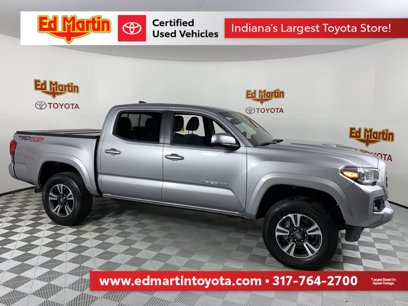 Certified 2019 Toyota Tacoma w/ SR5 Package - 543824875