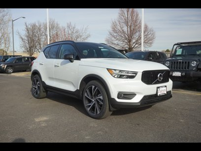 New 2020 Volvo XC40 AWD T5 R-Design - 542296192