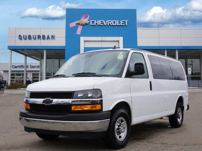 Used 2019 Chevrolet Express 2500 LT Passenger - 544260002