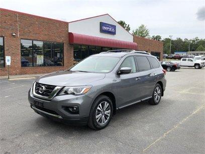 Used 2017 Nissan Pathfinder SV - 522826258