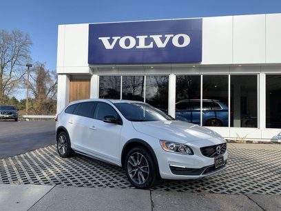 Certified 2017 Volvo V60 T5 Cross Country Premier AWD - 566866924