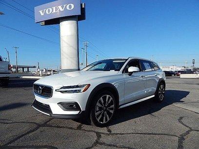 New 2020 Volvo V60 T5 Cross Country Momentum AWD - 540813028