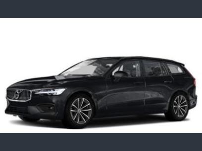 New 2021 Volvo V60 T5 Cross Country Momentum - 579999327
