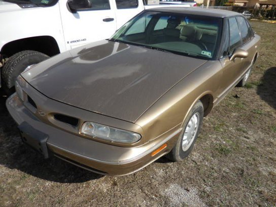 Used 1998 Oldsmobile 88 in Brady, TX - 282256138 - 1