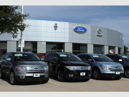 Ford Dealership Arlington Tx >> Don Davis Ford Lincoln Arlington Tx 76011 Car Dealership
