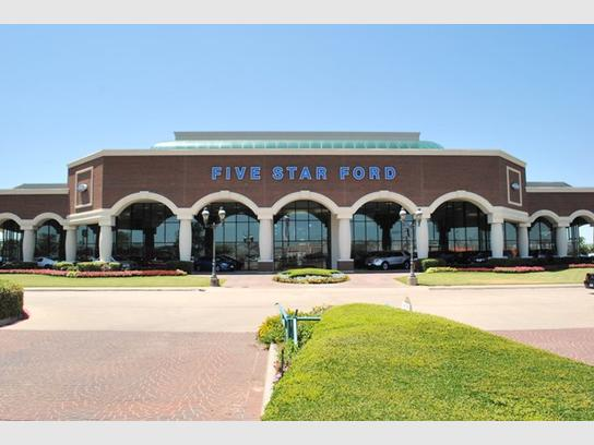 Five Star Ford in North Richland Hills