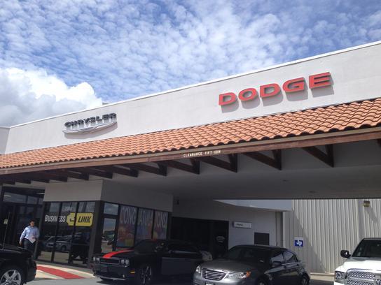 Dodge Dealership San Marcos >> San Marcos Chrysler Dodge Jeep Ram San Marcos Tx 78666 Car