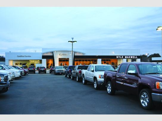Gmc Round Rock >> Nyle Maxwell Gmc Round Rock Tx 78681 Car Dealership And Auto