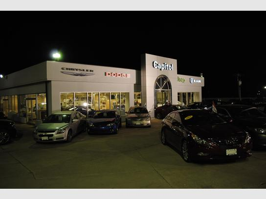 capitol chrysler dodge jeep ram jefferson city mo 65109 car dealership and auto financing autotrader capitol chrysler dodge jeep ram