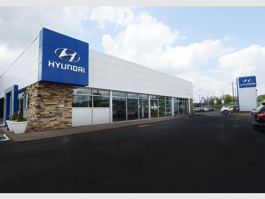 Paramount Hyundai Genesis of Hickory