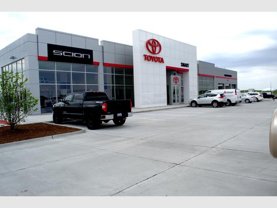 Smart Toyota Quad Cities : Davenport, IA 52807 Car Dealership, and
